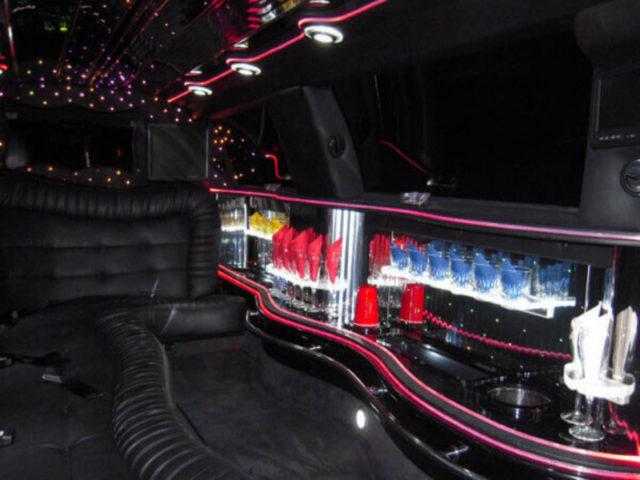 10 Passenger Stretch Limousine - Lincoln