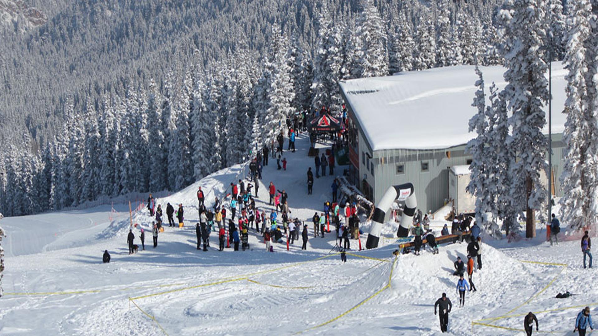 denver's best ski guide: best local hot spots - denver party ride