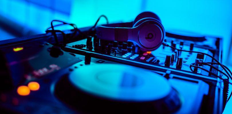Professional Wedding DJ Advice